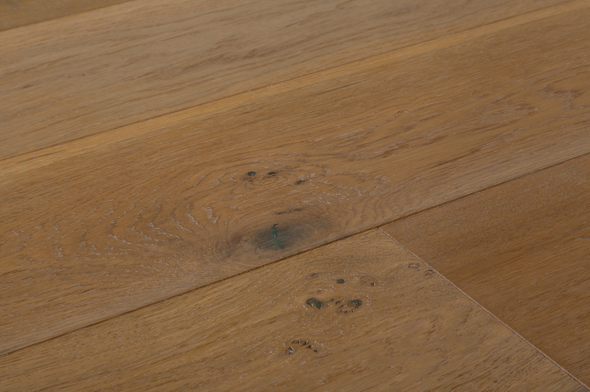 Jasper engineered hardwood ranch wide plank oak for Engineered oak flooring