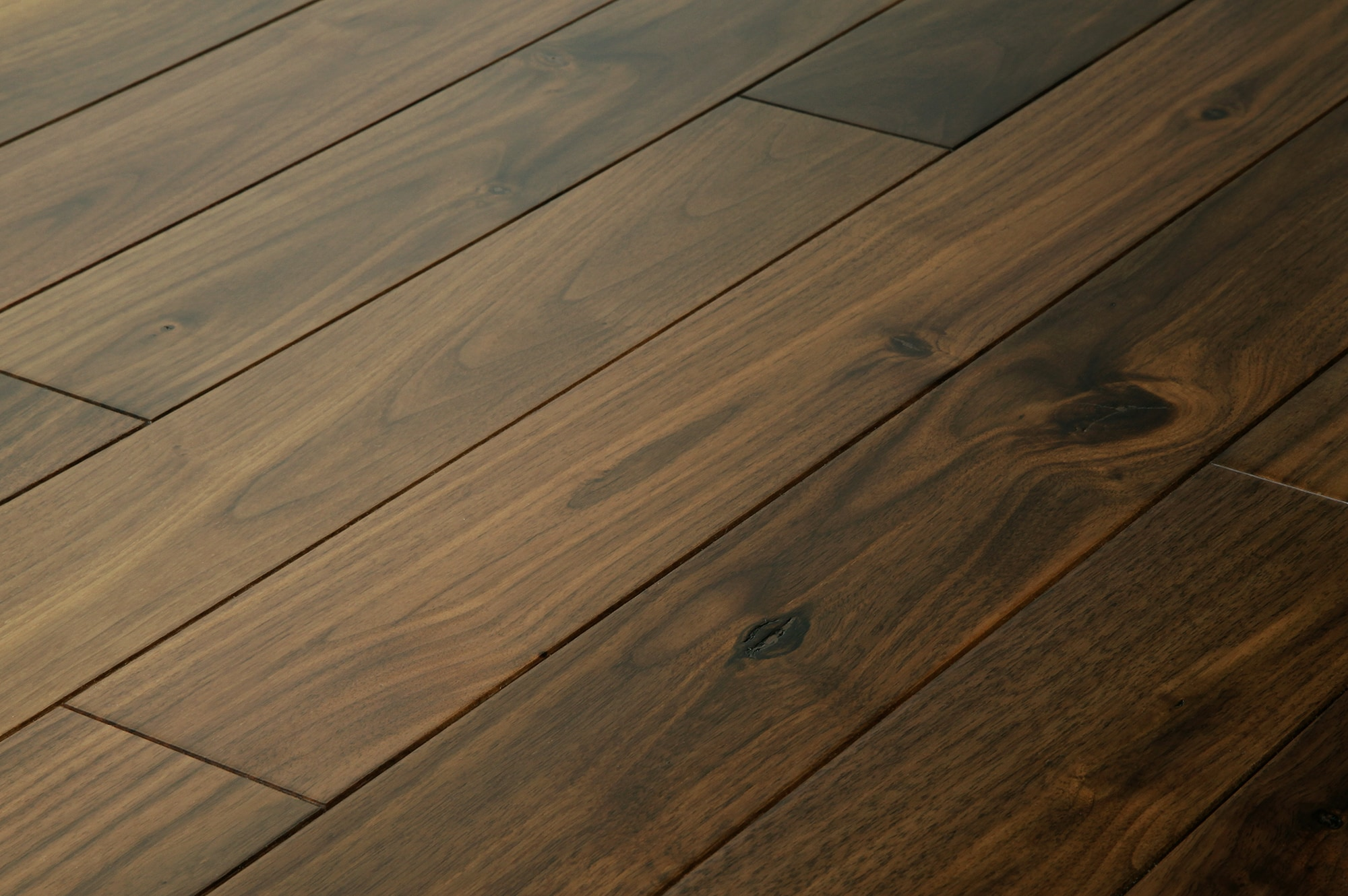 Jasper hardwood prefinished american black walnut for Walnut flooring