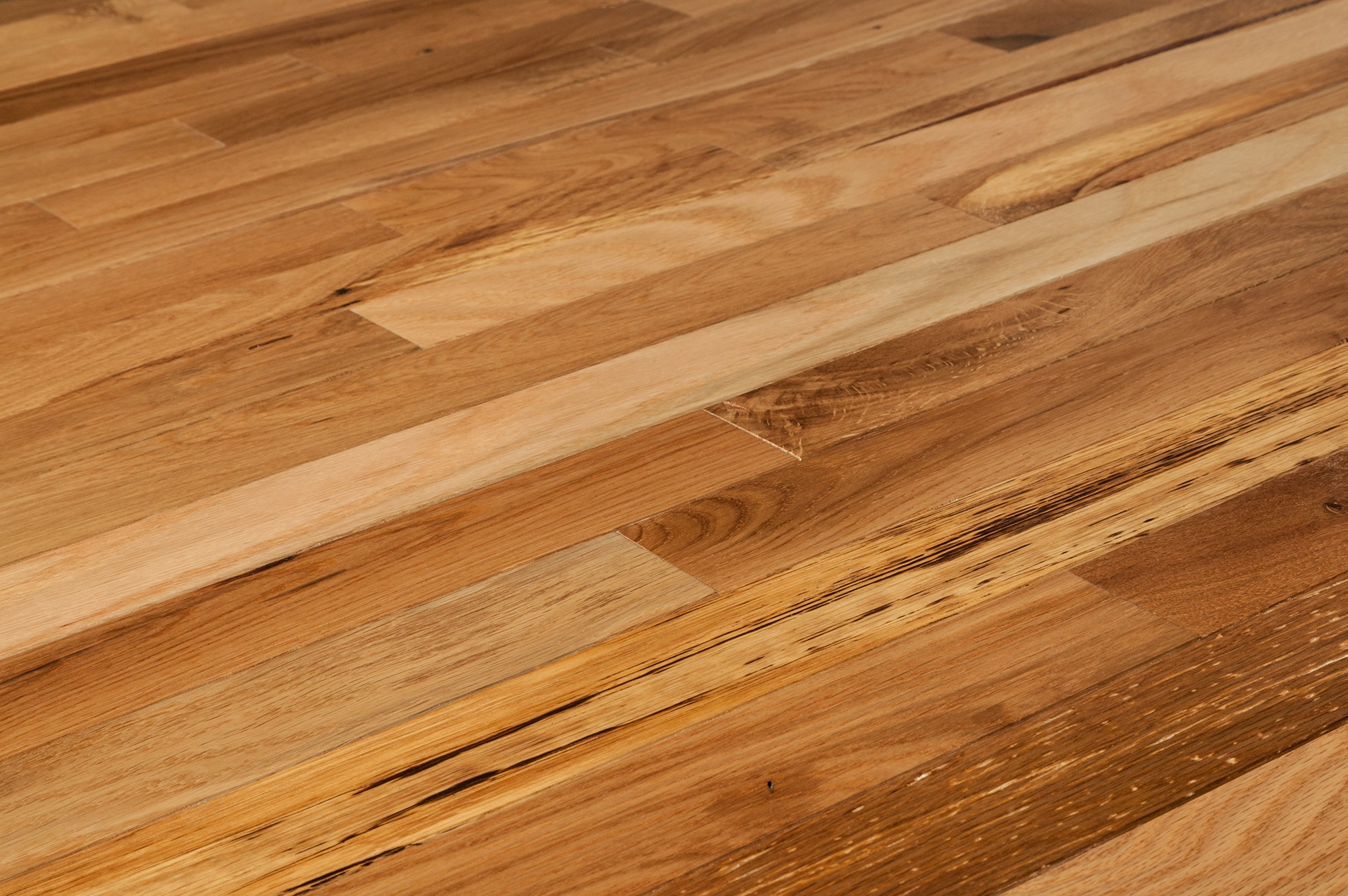 heritage oak natural 2 1 4 angle