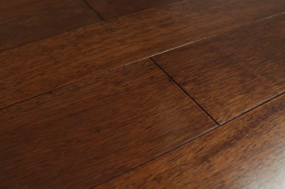 Free samples mazama hardwood pacific mahogany for Builder s pride flooring
