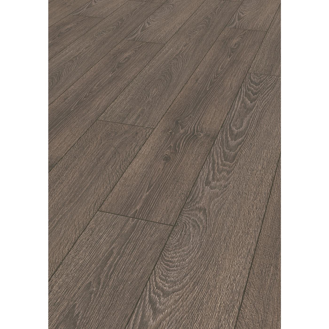 Kronotex laminate robusto 12 mm collection capital oak for Kronotex laminate flooring reviews