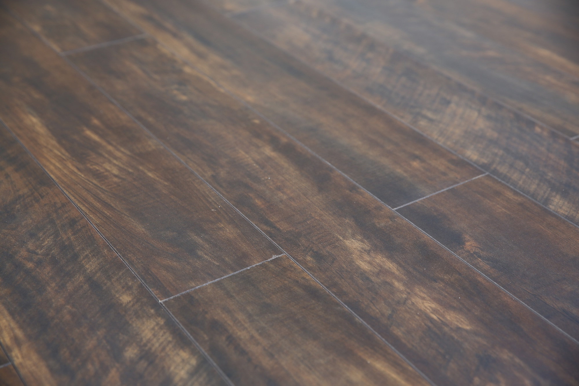 lamton laminate 12mm howe sound collection underpad attached hollyburn oak. Black Bedroom Furniture Sets. Home Design Ideas