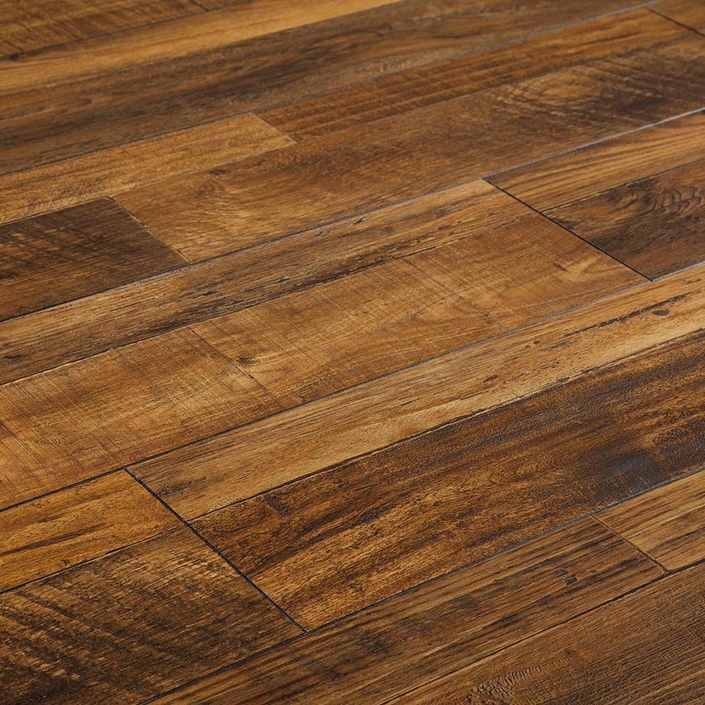 Free samples toklo laminate flooring 12mm country club for Toklo laminate flooring reviews