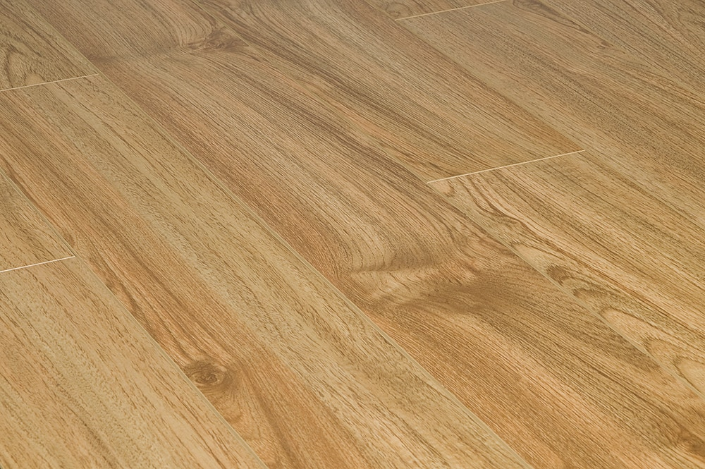 Toklo laminate 15mm collection texas oak for Texas floors