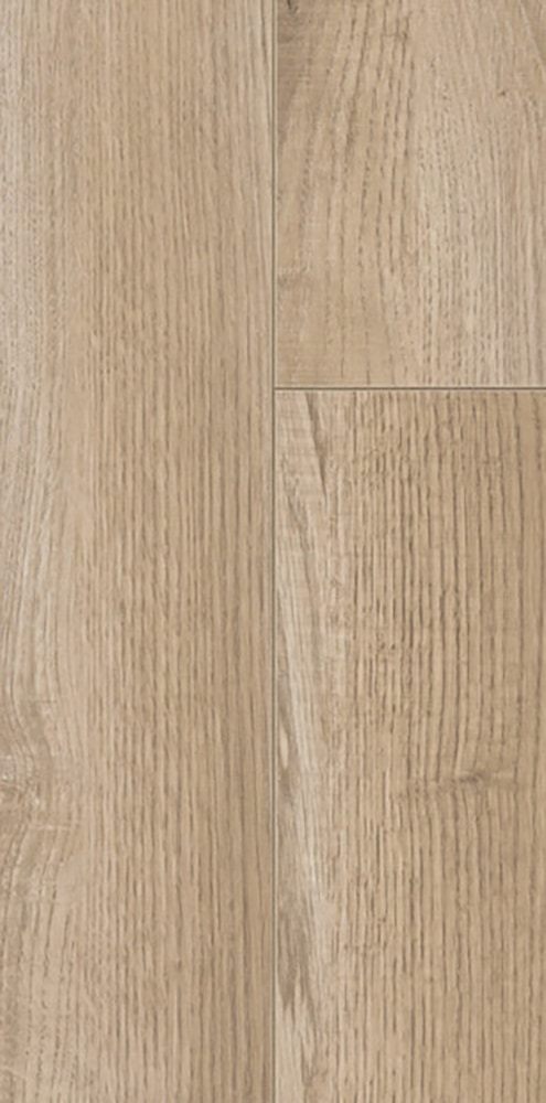 Warehouse clearance laminate floors 8mm socal del mar oak for Laminate flooring clearance