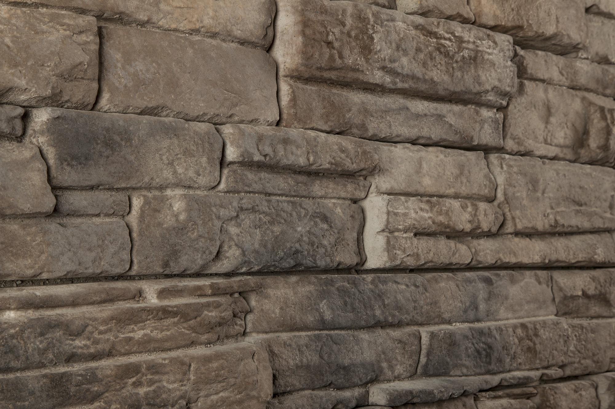 Black bear pallets manufactured stone carolina ready for Manufactured brick veneer