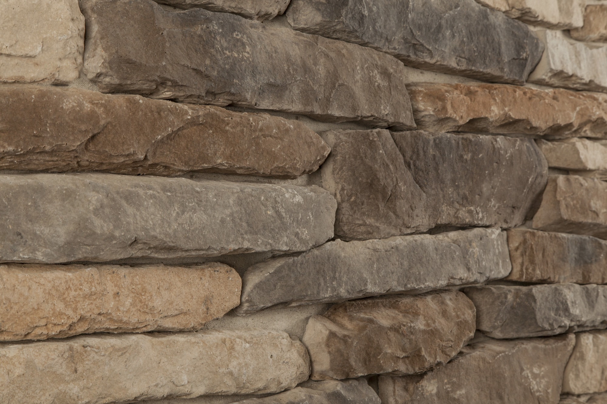 Black bear pallets manufactured stone ledge stone rustic for Manufactured veneer stone