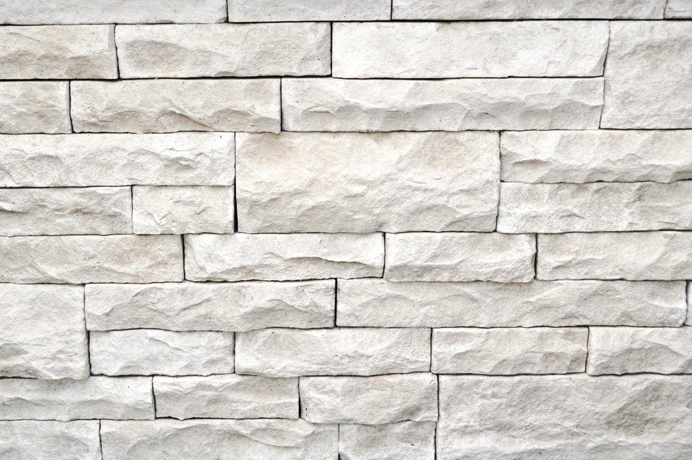 Stone Veneer White : Strongside manufactured stone mortarless light ledge