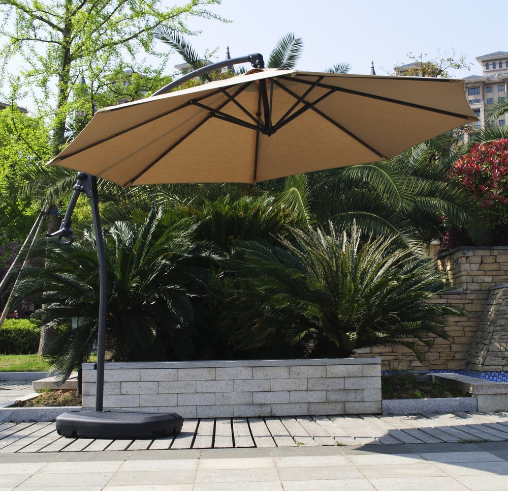 - 10 ft Signature Round Umbrella - Sunbrella Fabric and Base Included - sku:10094747