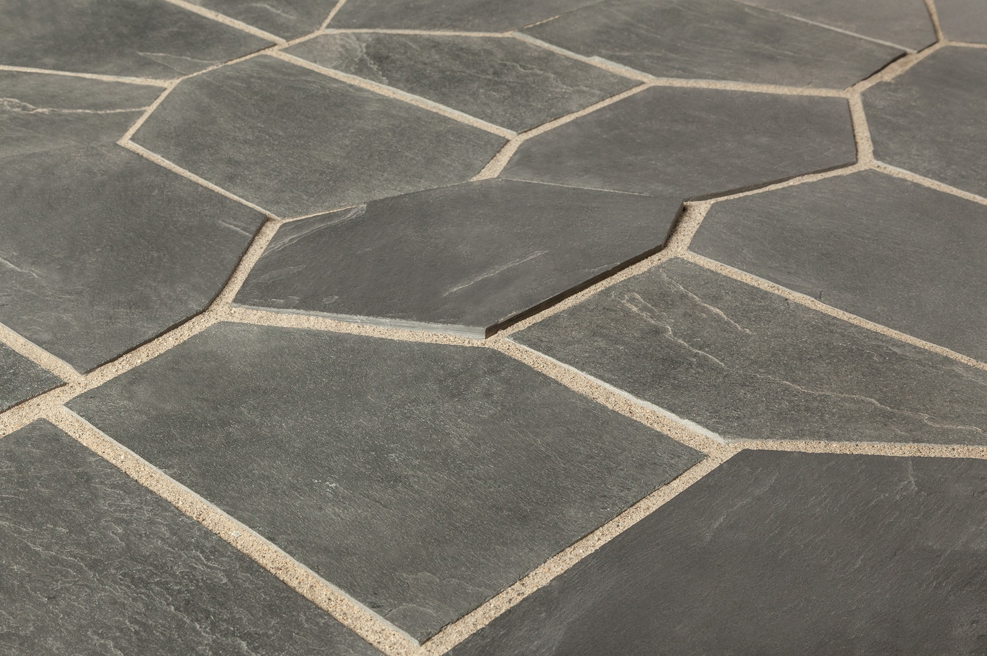 Roterra slate tile meshed back patterns silver black flag stone pattern Slate tile flooring