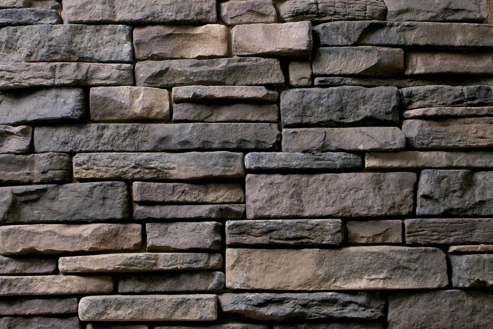 Kodiak mountain stone manufactured stone veneer ready for Exterior ledgestone