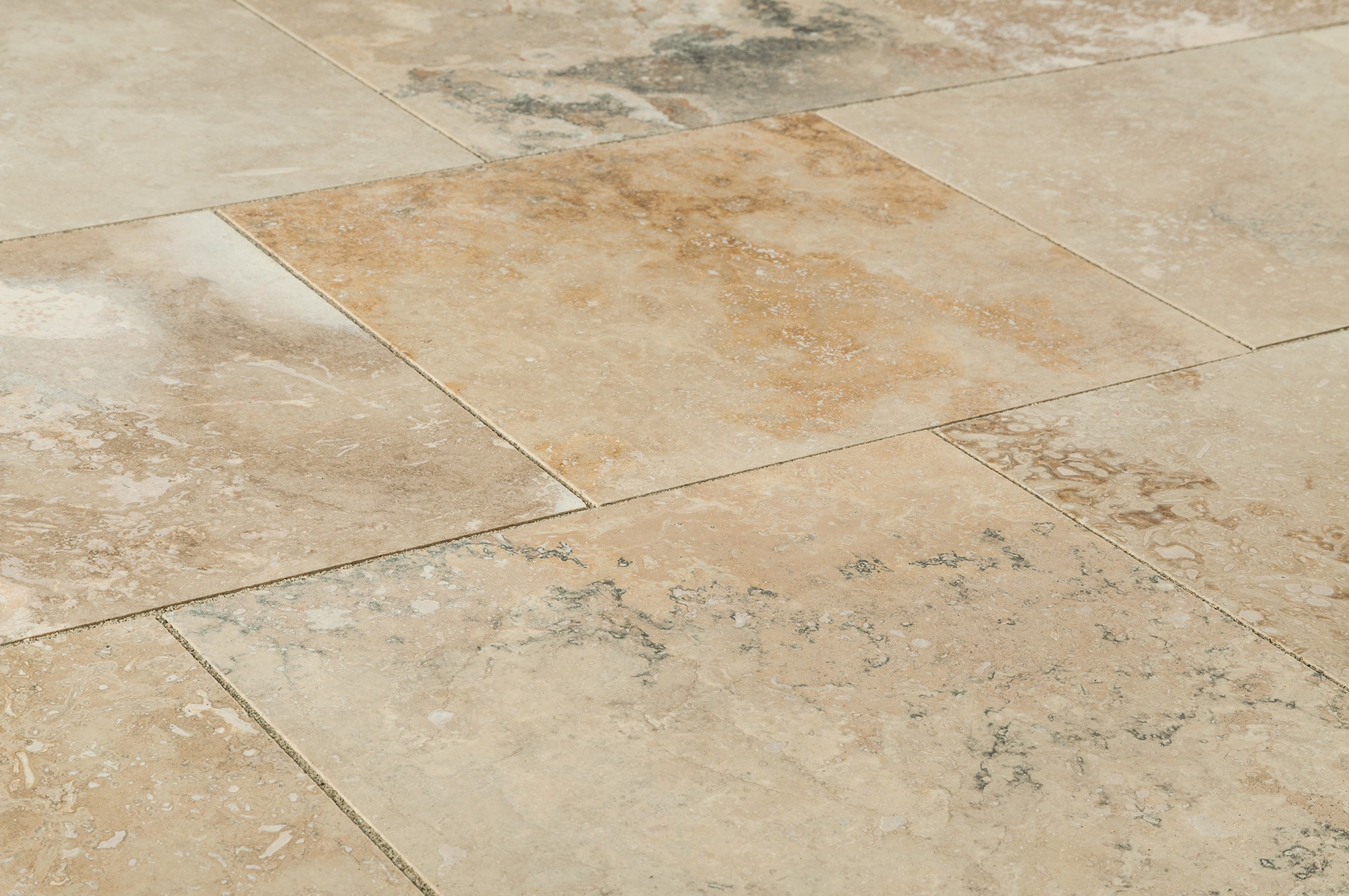 Kesir Travertine Tiles Honed And Filled Mina Rustic 18