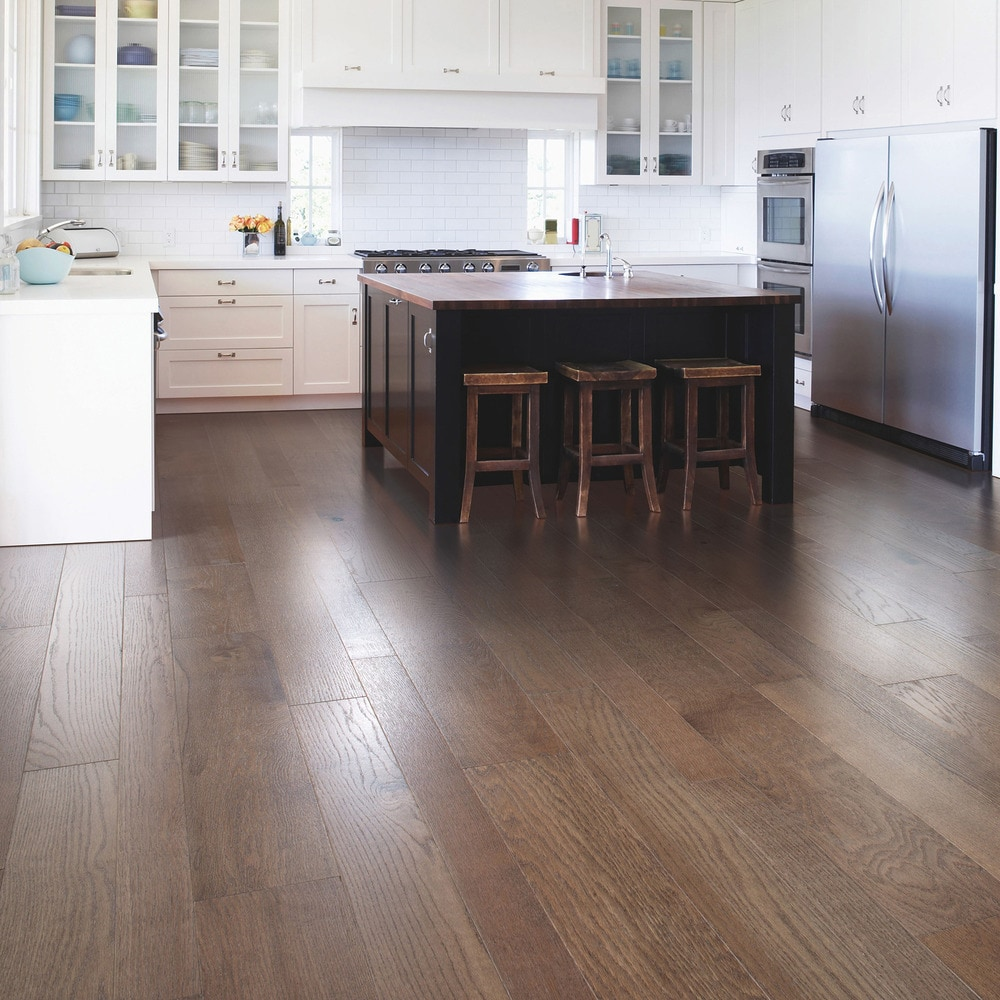 Mohawk flooring engineered hardwood sandridge collection for Mohawk flooring