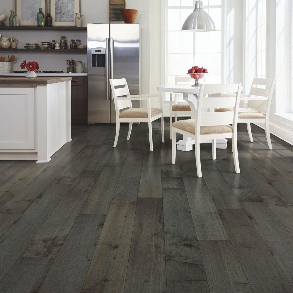 Mohawk flooring engineered hardwood north coast for Hard laminate flooring