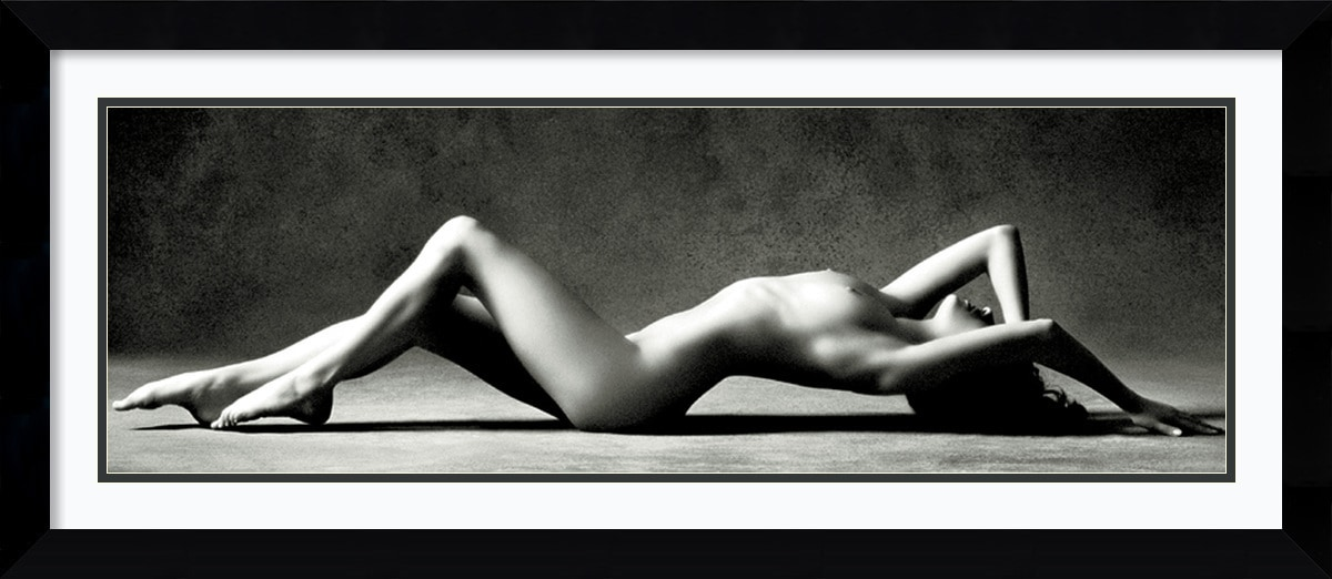 Amanti Art - Scott Mc Climont 'Nude Reclining' Framed Art Print 43 x 19-inch 150527831