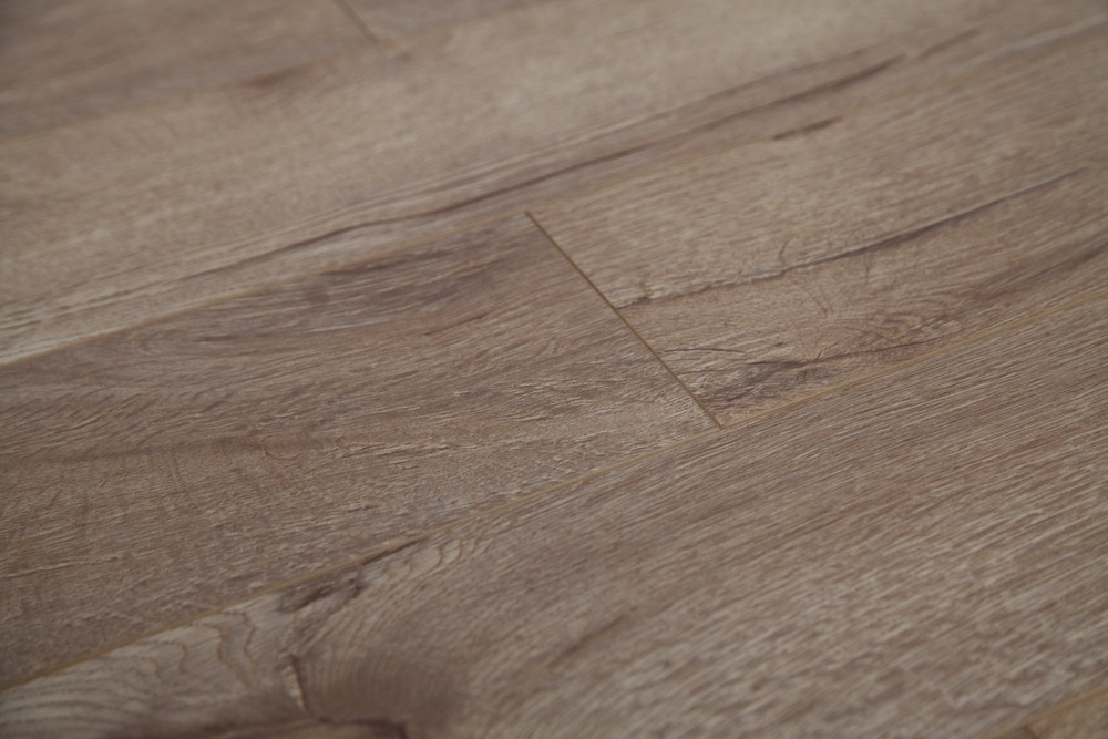 Dekorman laminate country collection 12mm natural oak for Country home collections flooring
