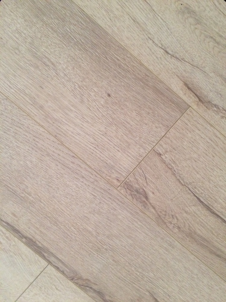 Free samples dekorman laminate country collection 12mm for Country home collections flooring