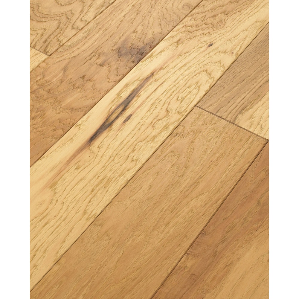 Walking tall engineered tennessee plank old hickory for Aluminum oxide flooring